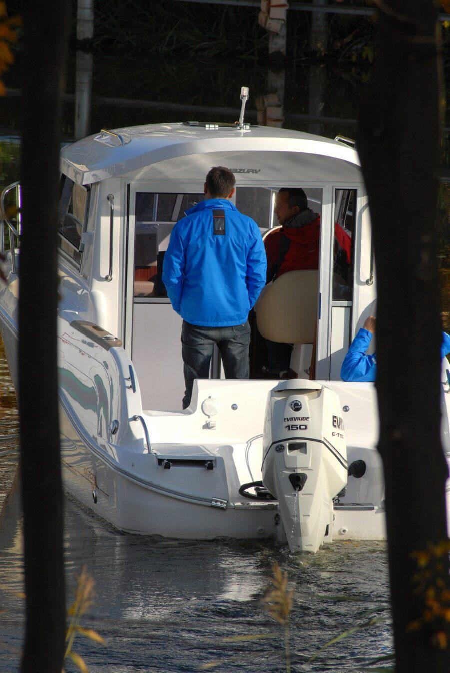 mazury 700 cc speed boat