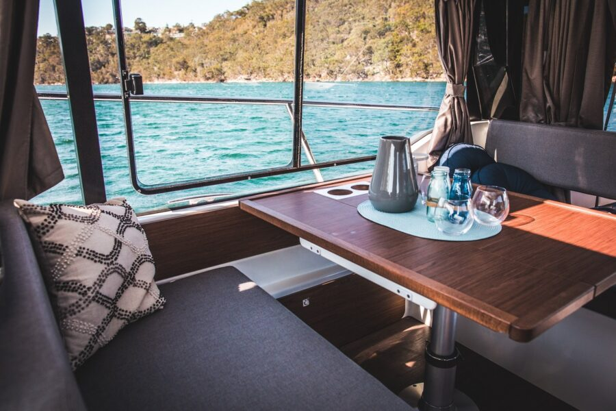 merry fisher fly cabin cruiser