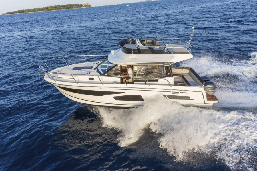 motor yacht merry fisher 1095 fly for sale
