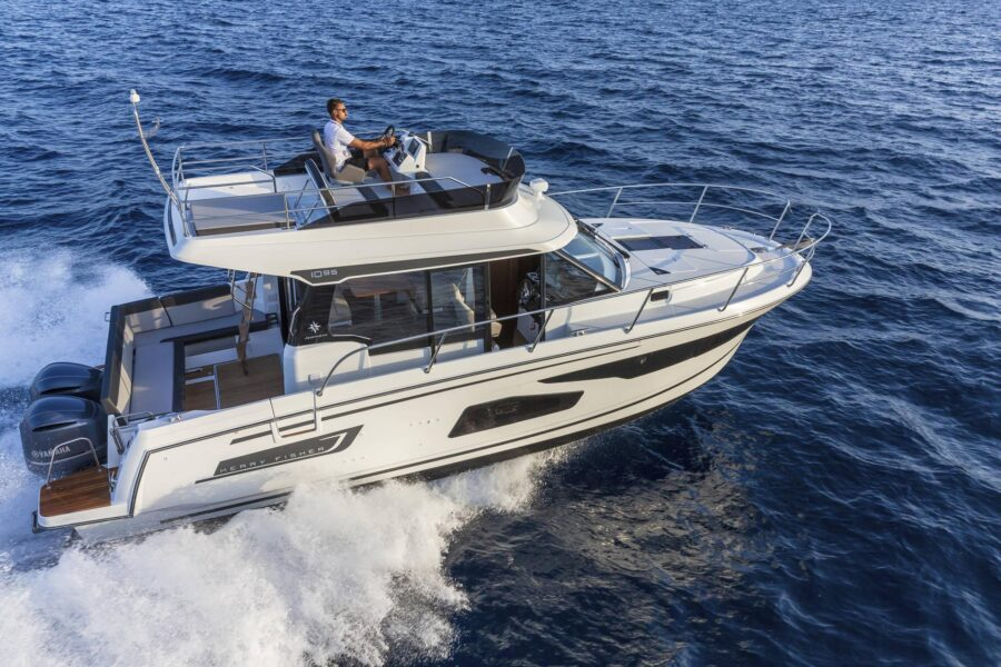 jeanneau 1095 fly motor yacht poland