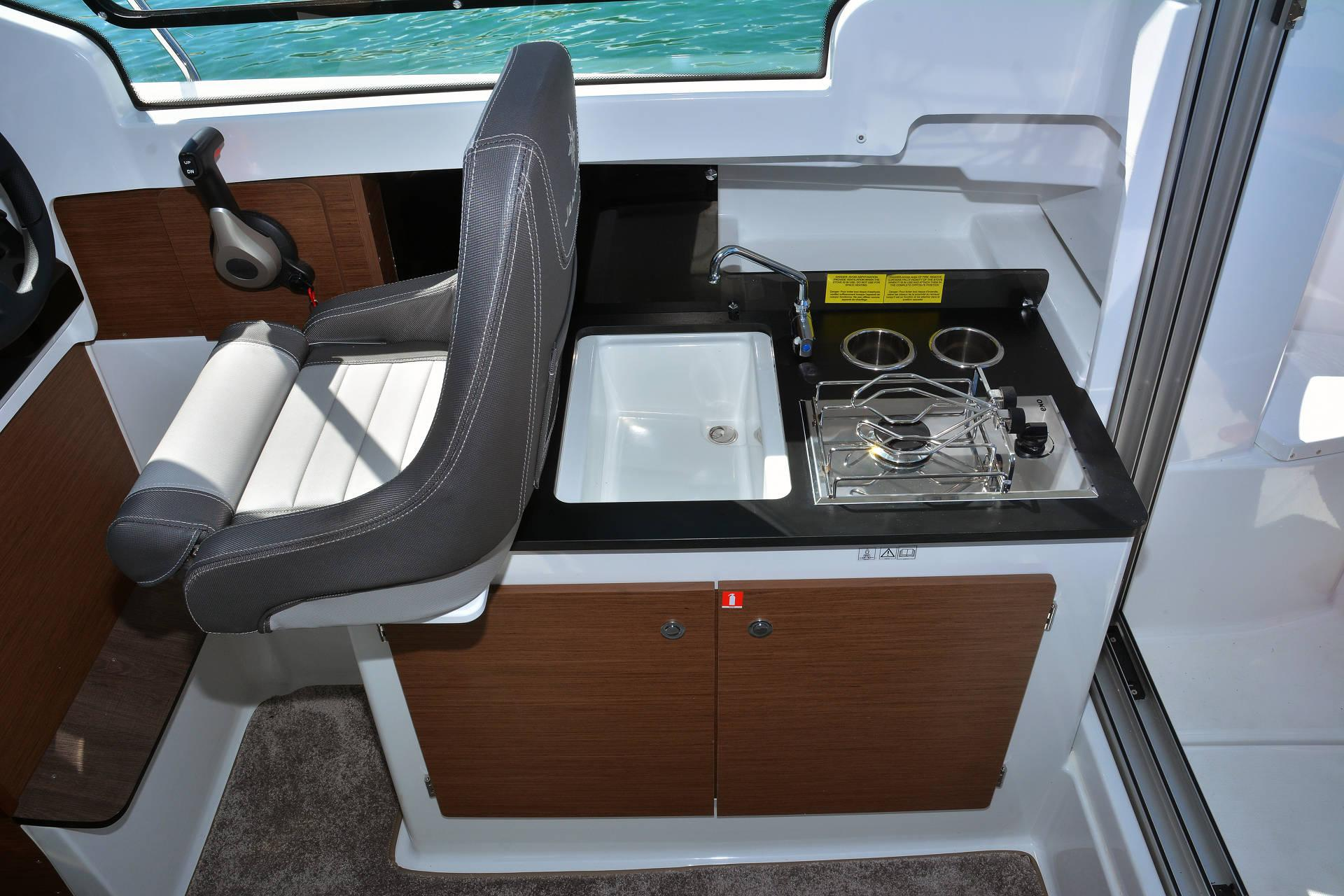 merry fisher 695 serie 2 boat galley