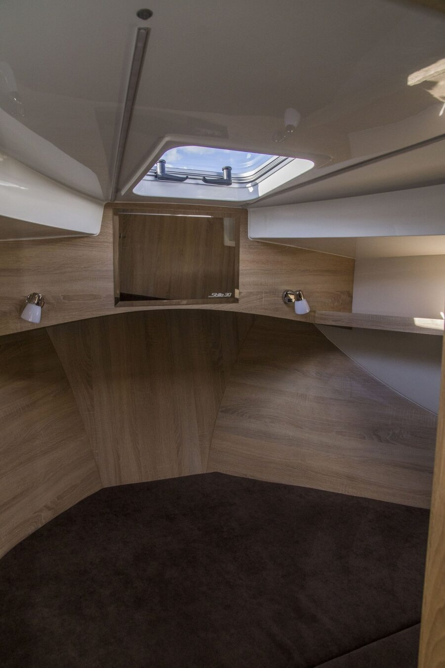 Stillo 30 front cabin
