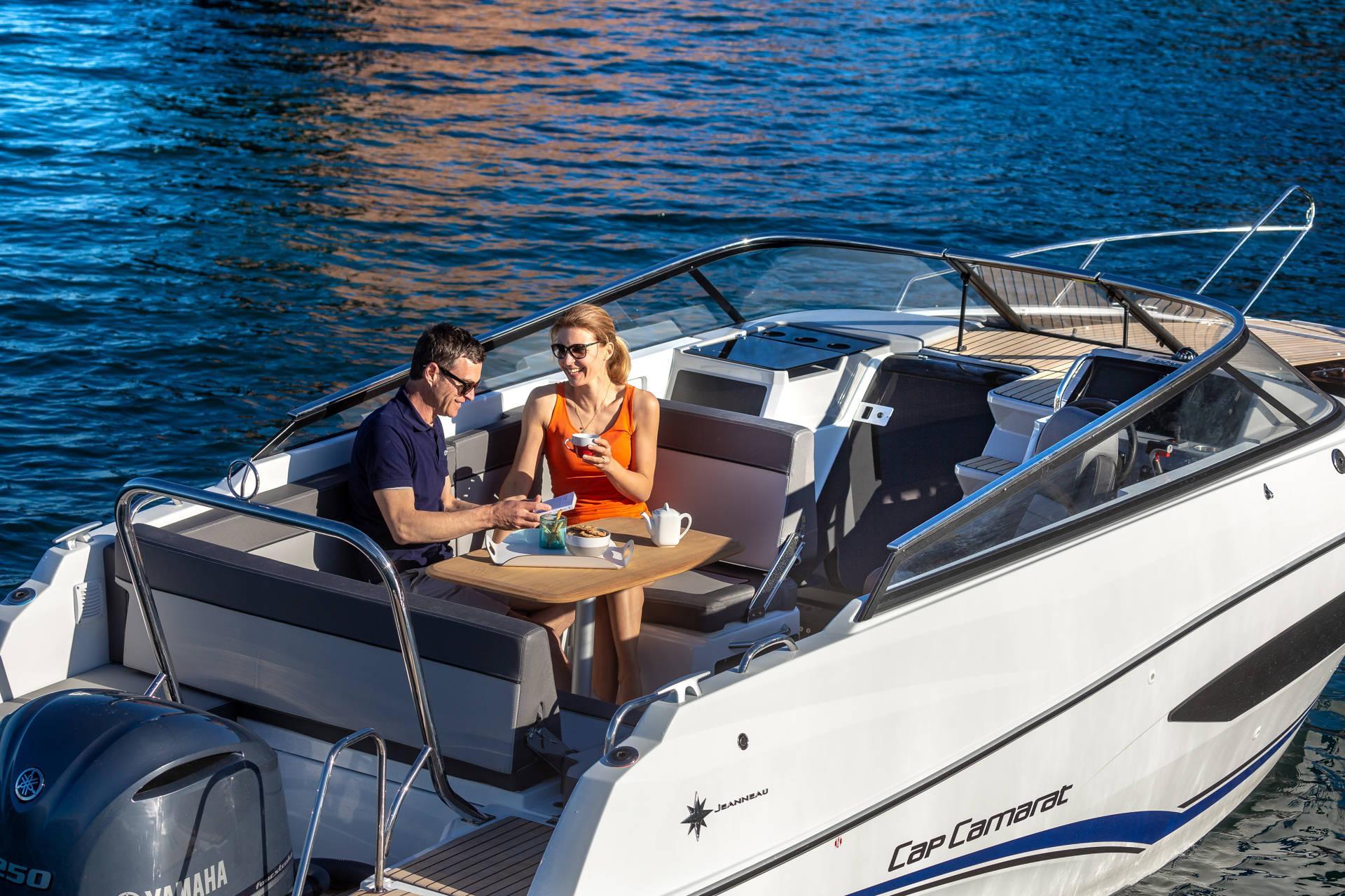 Cap Camarat 7.5 DC Serie 2 motorboat deck