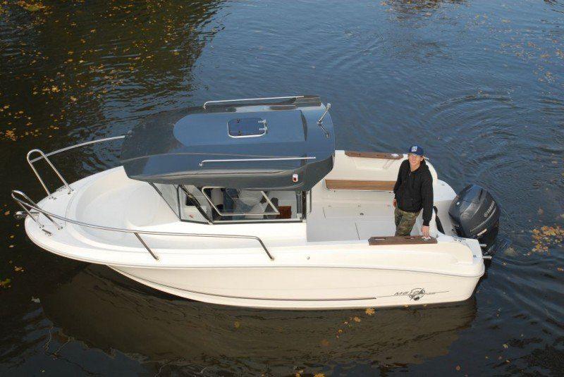 mazury 610 pilothouse powerboat