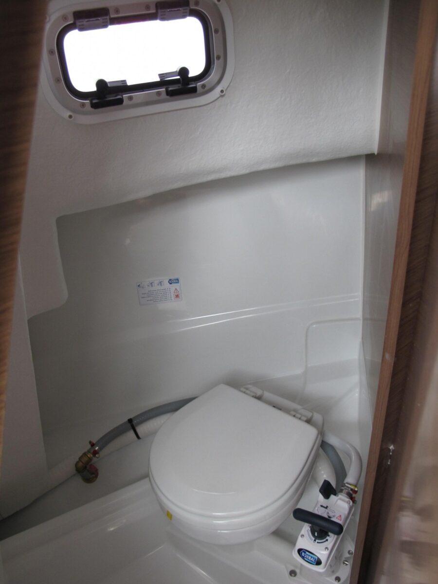 695 marlin toilet