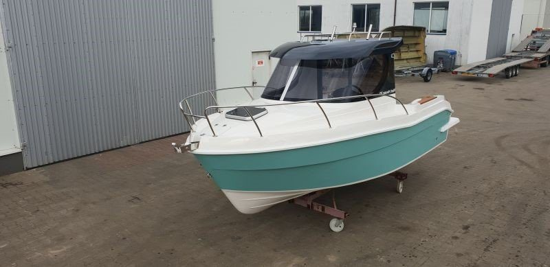 pilothouse 580 polish boat builder