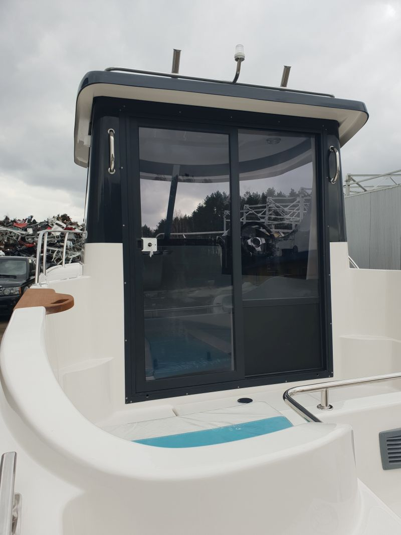 pilothouse 580 sliding door