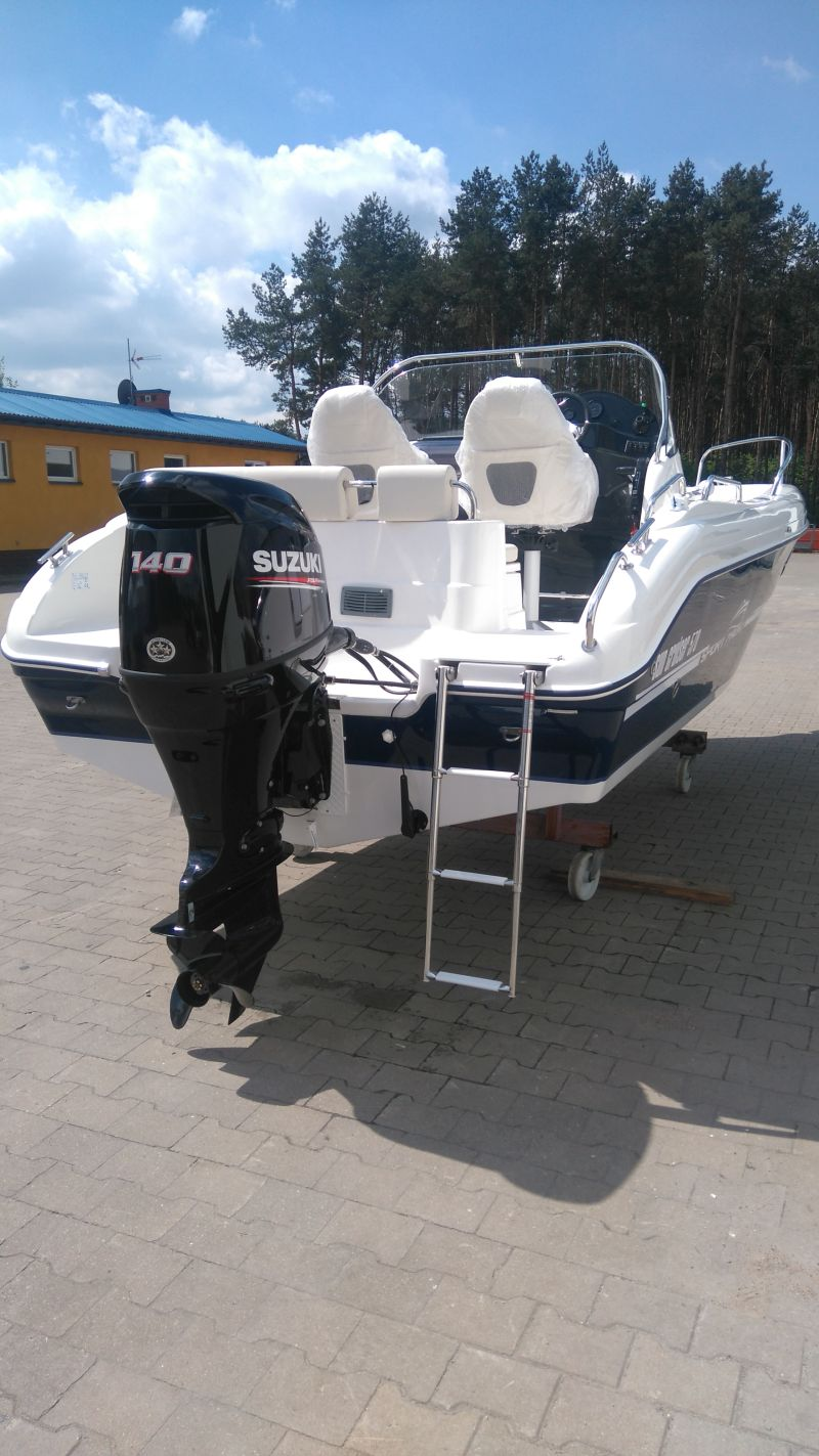sun cruiser 570 outboard engine