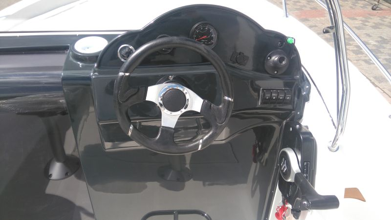 sun cruiser 570 steering wheel
