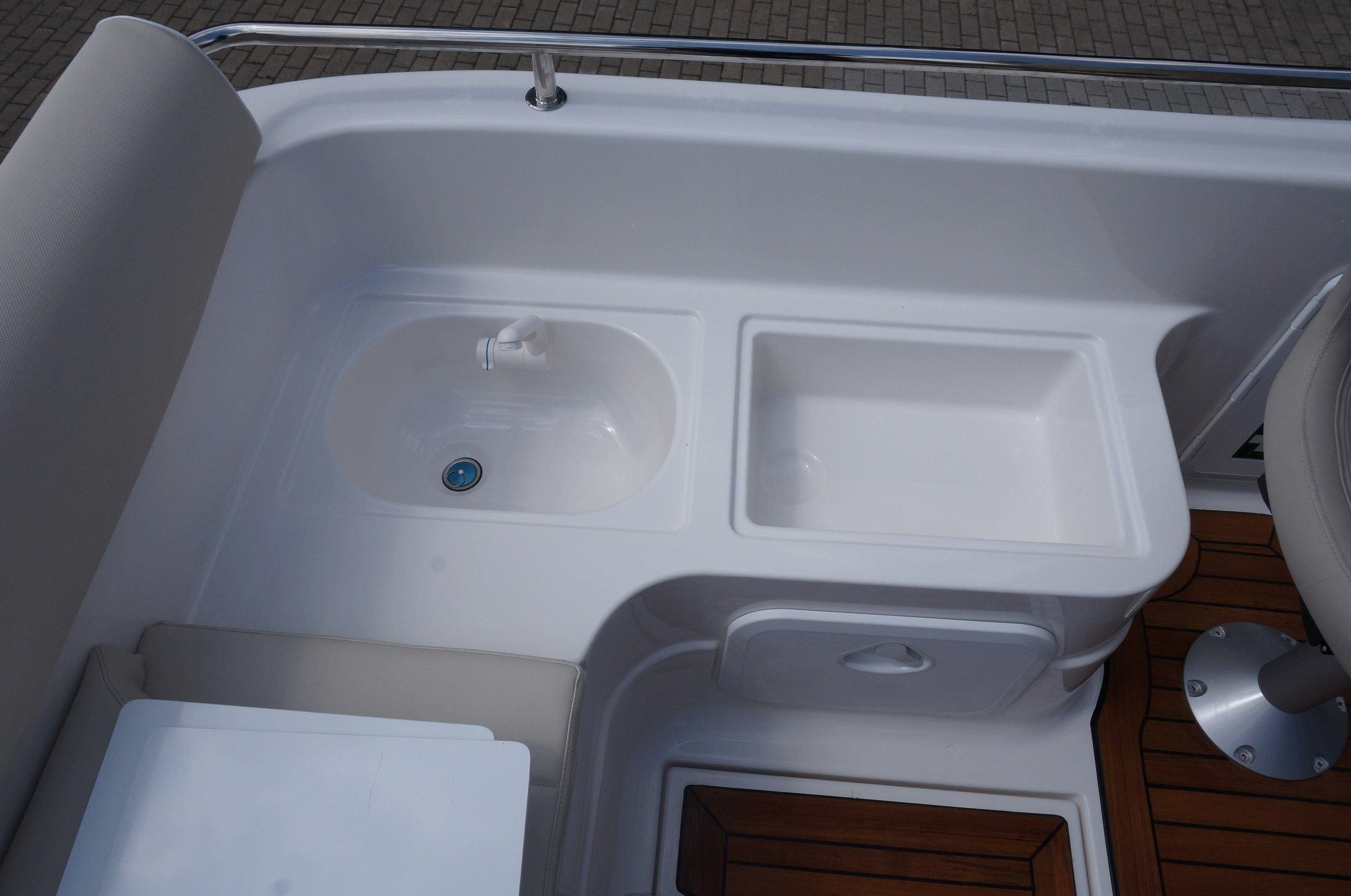 sun cruiser 650 hidden tap