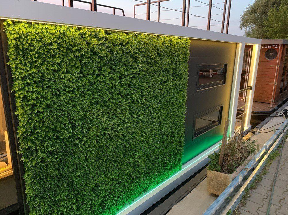 modern 11 green wall
