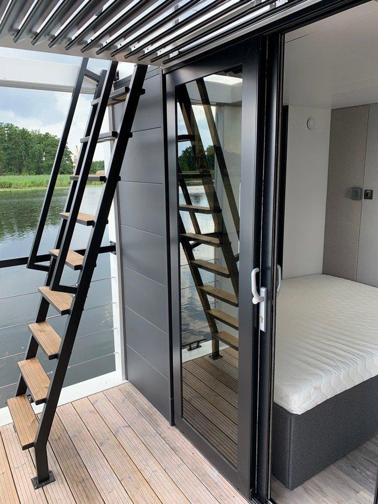 modern 1 wooden stairs