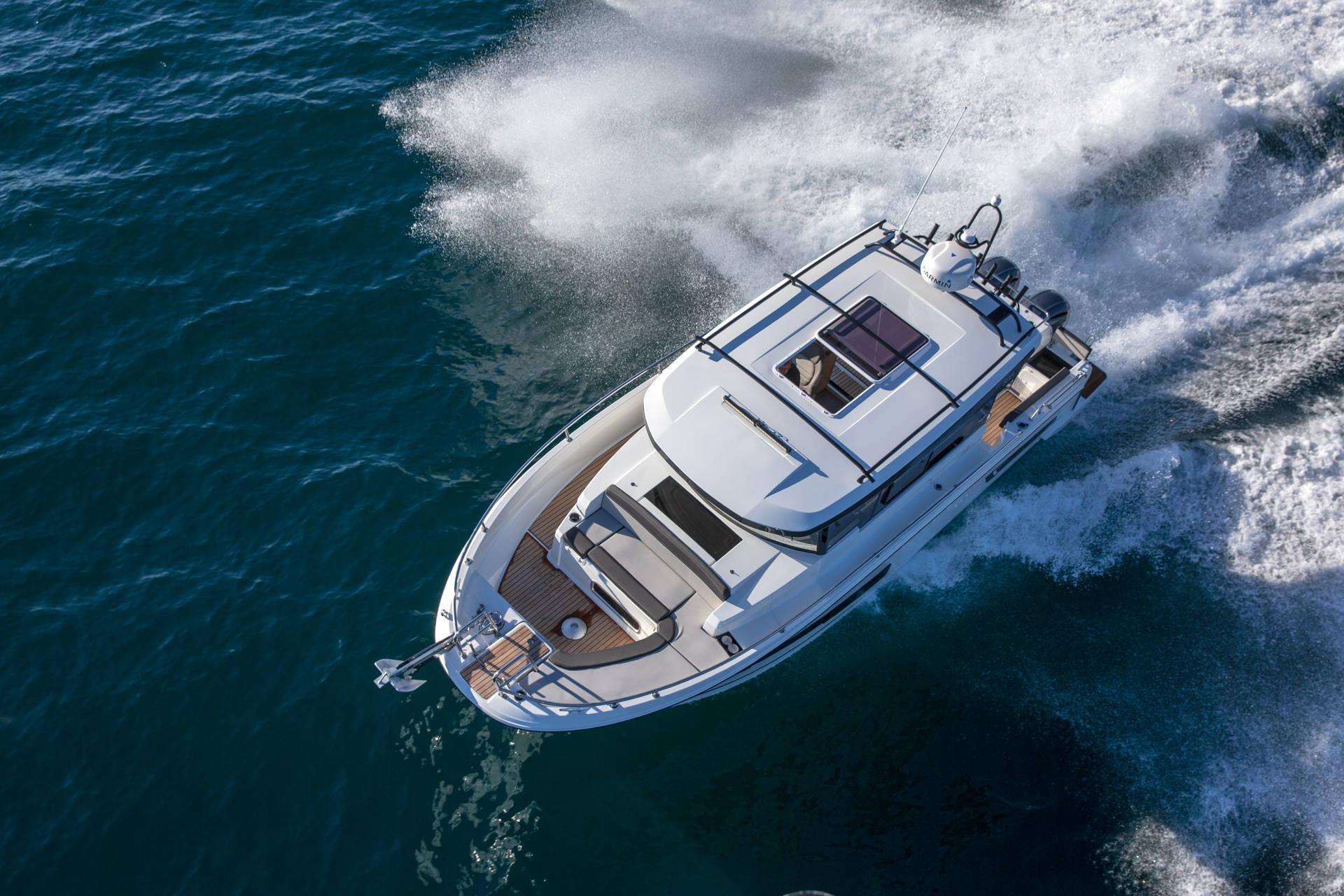 mf 895 marlin jeanneau motor boat