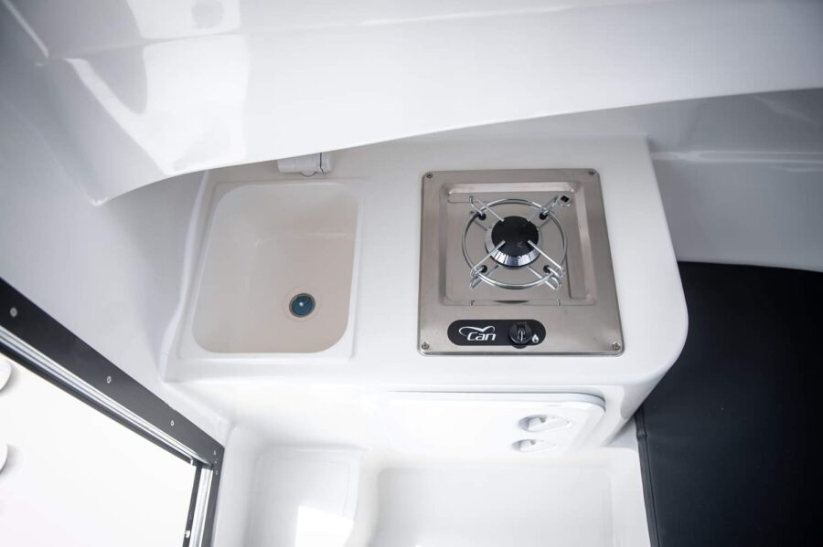 pilothouse 580 galley