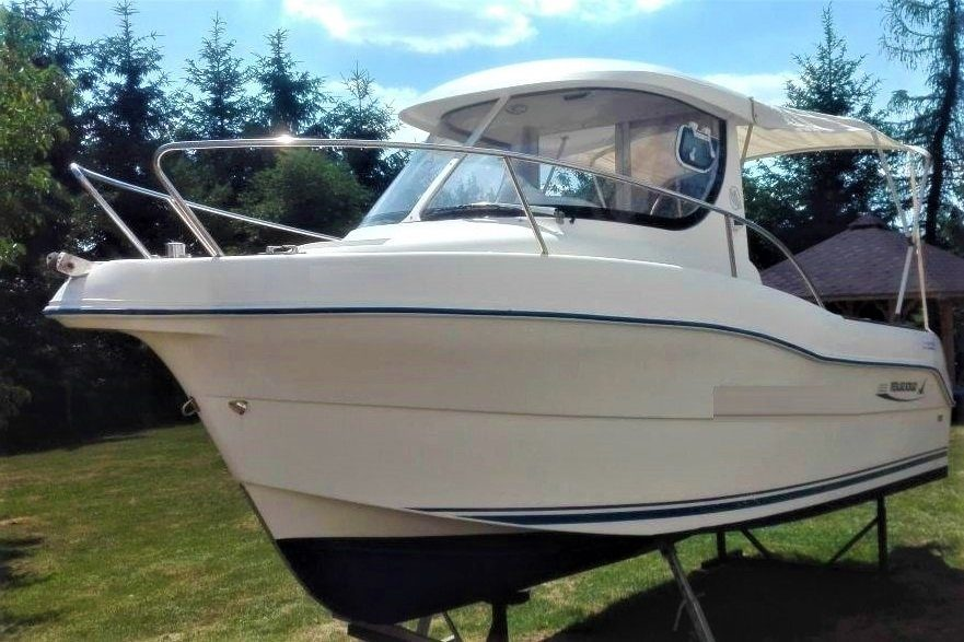quicksilver pilothouse boat 630
