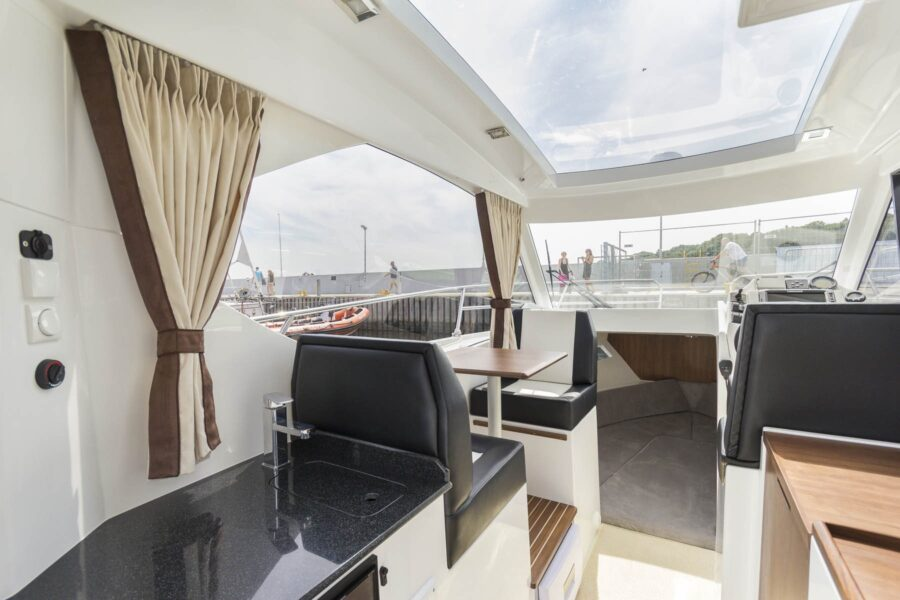 750 ht galley