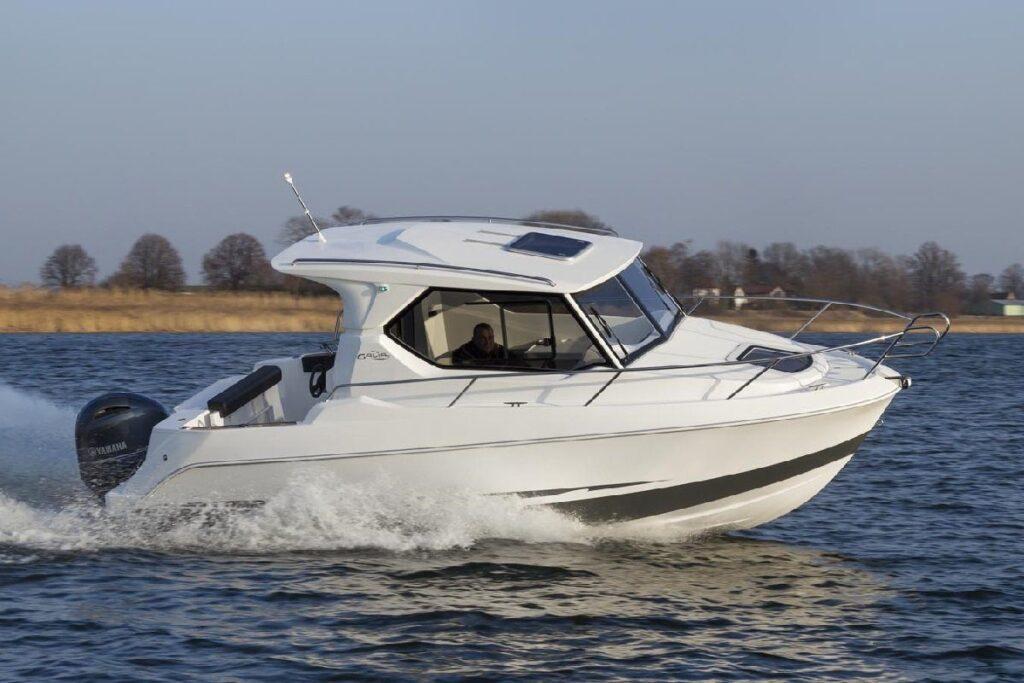 galia 660 ht boat builder