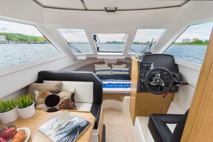 galia middle cabin interior