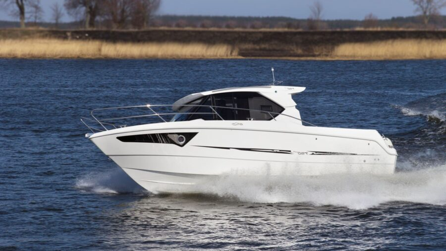 galia 750 hardtop boat