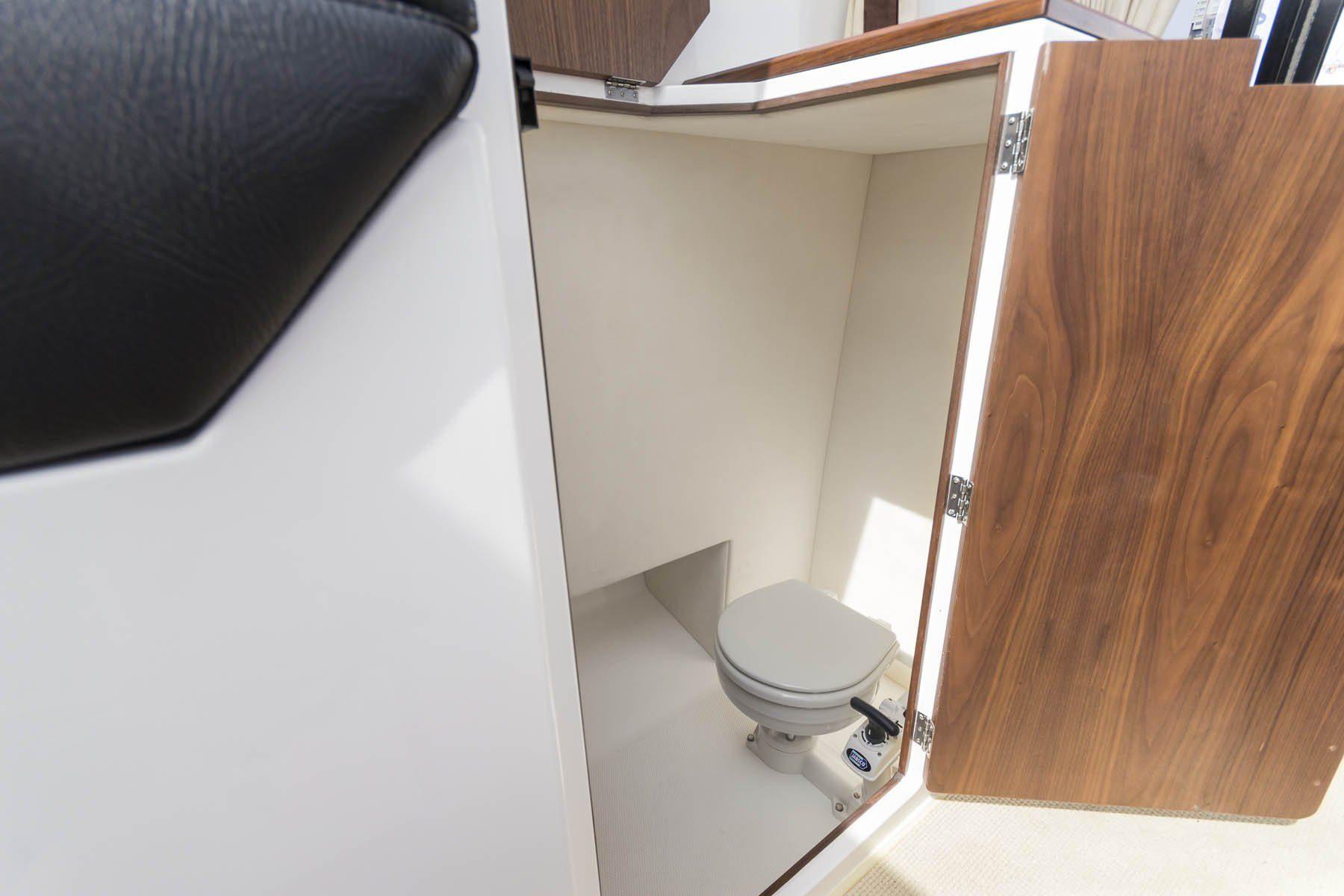 galia 750 hardtop toilet
