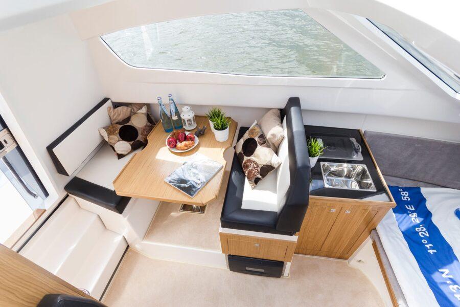 galia middle cabin new boat