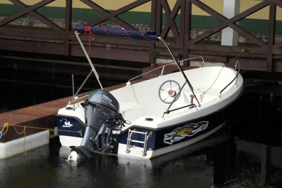 solar 430 fish boat