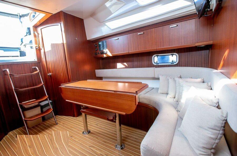futura 860 interior hausboot