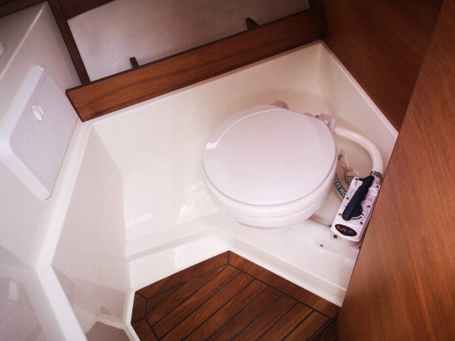 parker 750 cc toilet