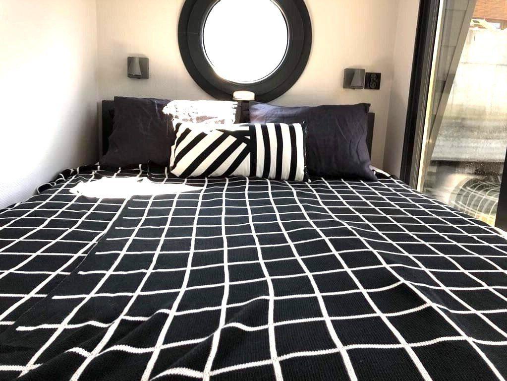 la mare apart m bedroom