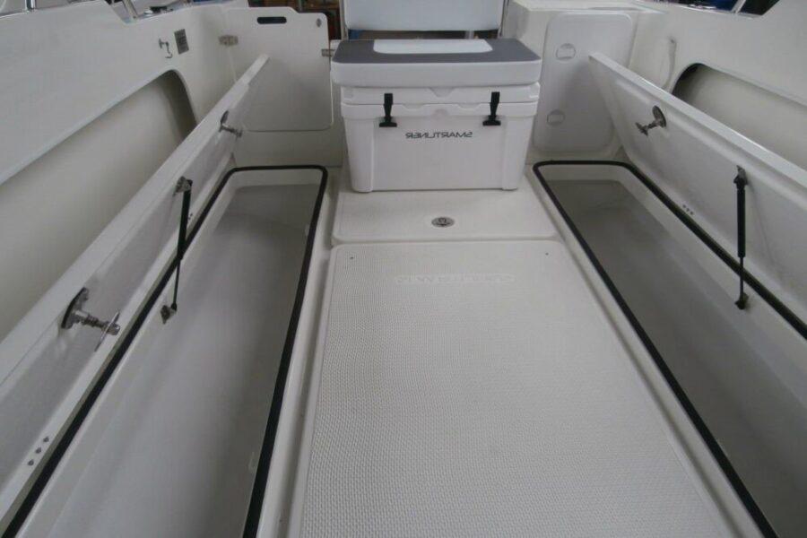 smartliner 22 fish lockers